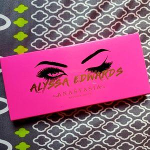 Anastasia Beverly Hills ALYSSA EDWARDS Limited Ed